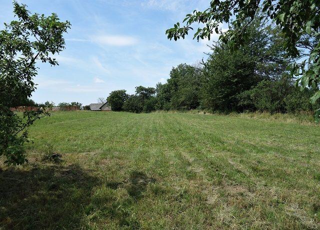 Prodej pozemku k zastavění 1 553 m², Miřetice, okres Chrudim