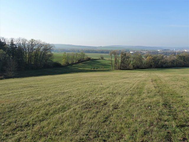 Spodní část pozemku