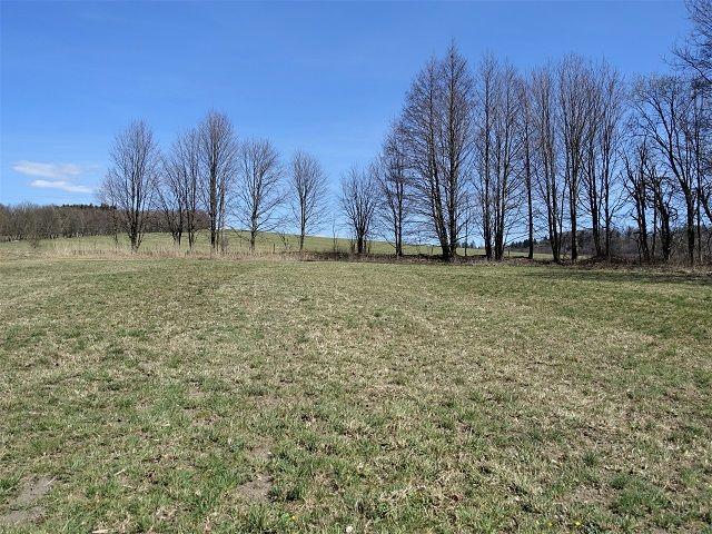 Pravá zadní část pozemku